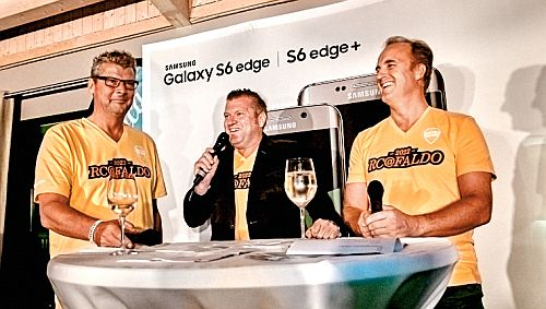 GOFUS Präsident Norbert Dickel mit Björn Simski (Samsung) und Marcus Epple (Telefónica)
