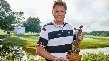 Thorsten Kinhöfer holt sich seinen ersten Major-Titel bei der 27 Hole GOFUS Championship